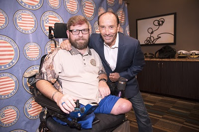 Lee Greenwood and Veteran at Point of Light awards