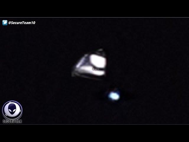 UFO News ~ UFO/ORBS FLEET OVER LOS ANGELES and MORE Sddefault