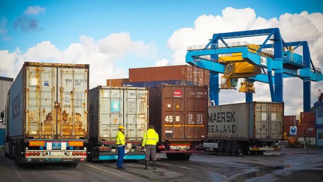 Brasil exportou US$ 50,23 bi a mais do que importou em 2020