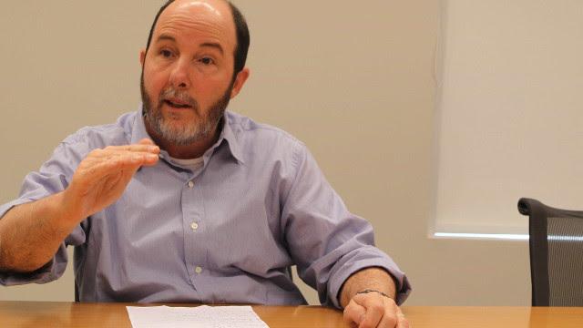 Teto de gastos não aguenta do jeito que está, diz Arminio Fraga