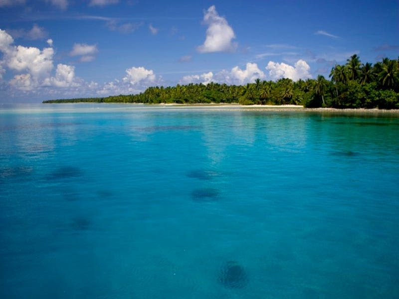 4. Marshall Islands: 4,600 tourists