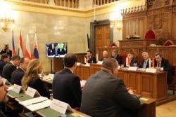 Groupe-Visegrad-V4-défense-parlements-valeurs-chrétiennes-immigration-Budapest-5-e1520445694365