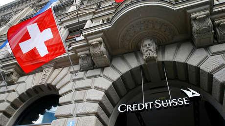 Credit Suisse despide a dos altos ejecutivos y elimina las bonificaciones para sus directivos por los colapsos de Greensill y Archegos Capital