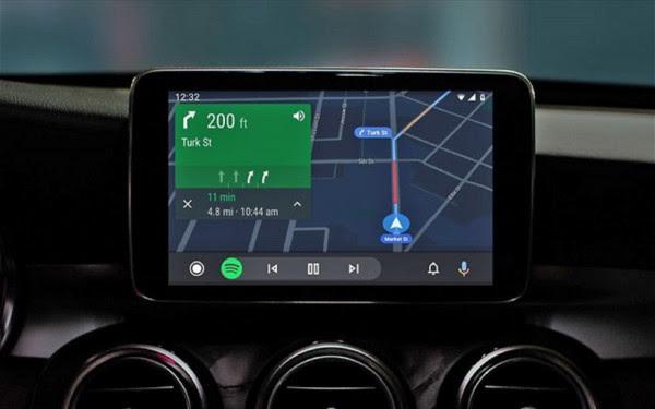 Η Google μπαίνει στη θέση του οδηγού - Τι προσφέρει το Android Auto που λανσάρει στην αγορά