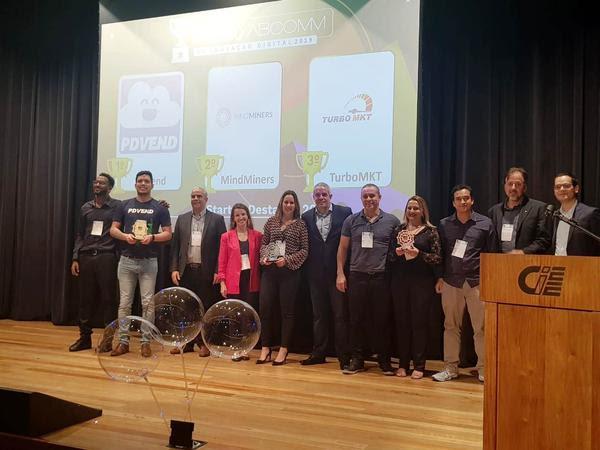 Premiação dos vencedores da categoria Startup do Ano (Gisele Bonaroski)