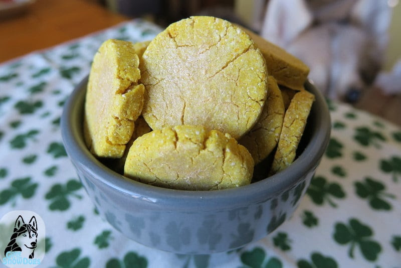 DIY St Patrick's Day Pot of Gold Dog Cookies