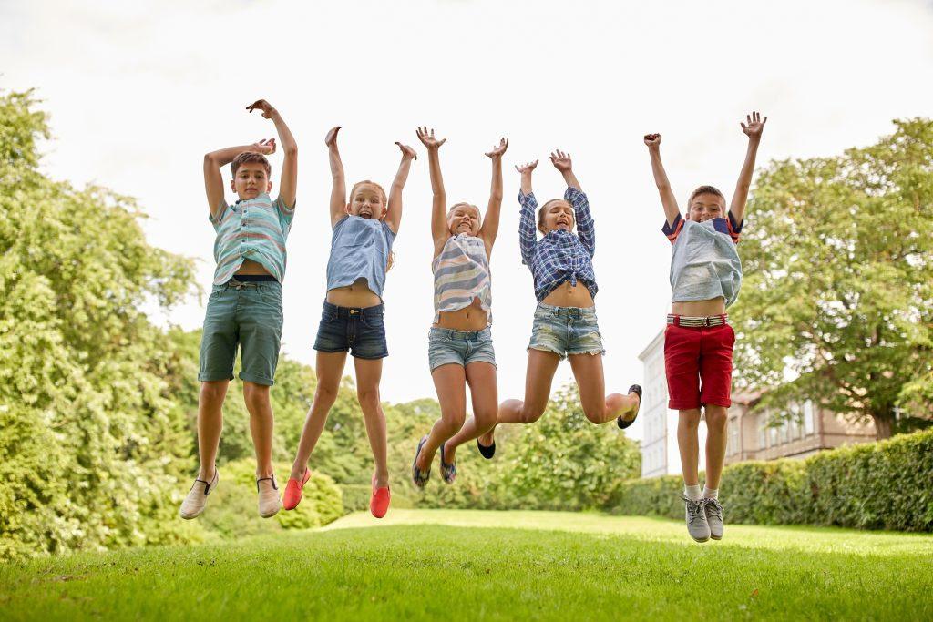 Dicas e cuidados para o condomínio no período de férias escolares -  Notícias - Seu Condomínio